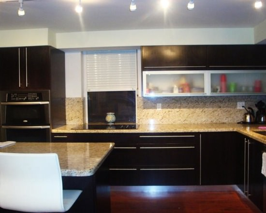 Quebec custom kitchen cabinets for Kitchen cabinets quebec