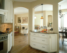 Schoenhard's Custom Cabinetry - Custom Kitchen Cabinets