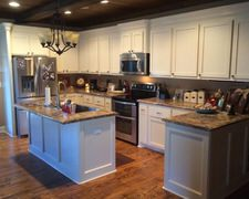 Meade's Custom Cabinets - Kitchen Pictures