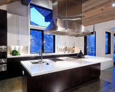 A J Peretta Overhead Doors - Kitchen Pictures