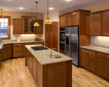 Raven Custom Cabinets - Kitchen Pictures