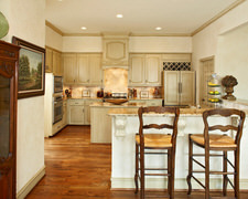 Custom Cabinet Shop Inc - Custom Kitchen Cabinets