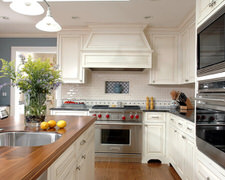 Creative Closets & Cabinetry LLC - Custom Kitchen Cabinets