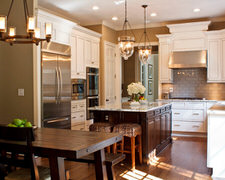 W L's Custom Woodworking - Custom Kitchen Cabinets