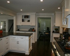 Stable Cabinet & Stone In - Custom Kitchen Cabinets
