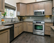 Desert Cabinets - Custom Kitchen Cabinets