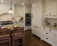 J Muscat Cabinet Maker - Custom Kitchen Cabinets