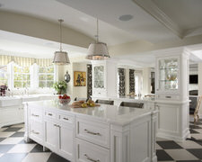 Straight Line Custom Cabinets - Custom Kitchen Cabinets